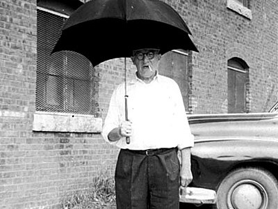 oldmanwithumbrella